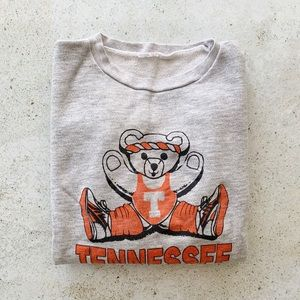 🍊 VINTAGE Tennessee Sweatshirt size small